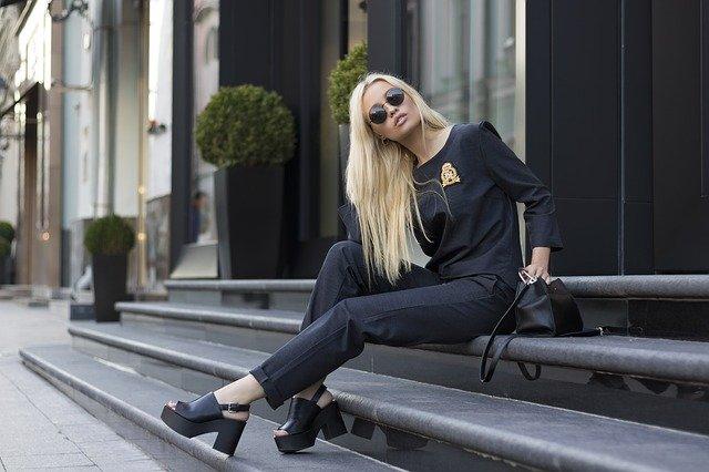 ᐅ Hübsche bulgarische Frauen kennenlernen » Traumfrau finden!