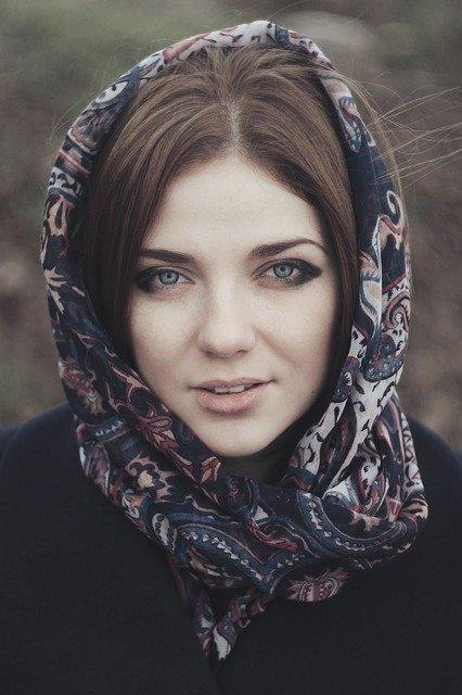Iranische Frauen kennenlernen 2021 | So geht´s